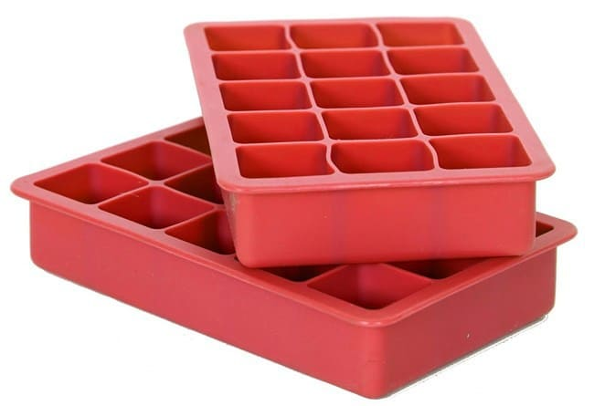 This ice cube tray makes it super easy to add freshly pressed watermelon juice
