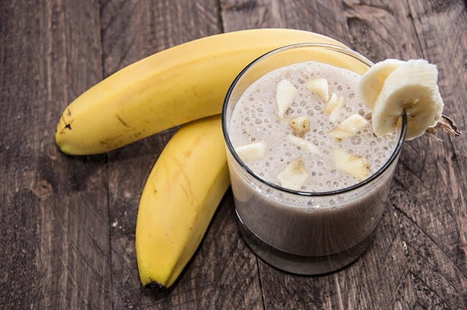 Banana, Date & Bee Pollen Smoothie