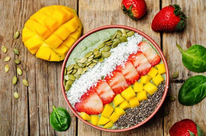 Easy Mango Smoothie Bowl