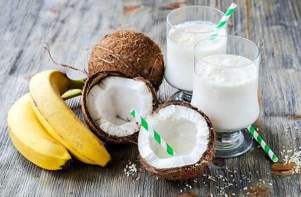banana coconut milk smoothie